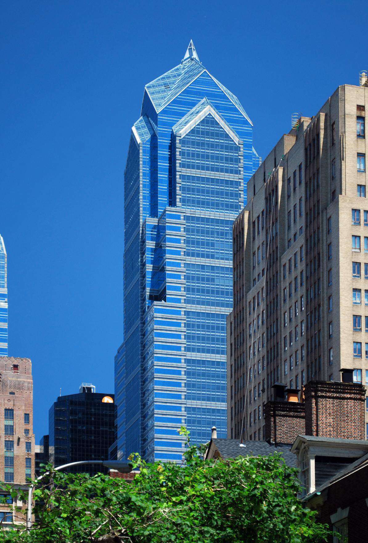 Contact Capital One >> Two Liberty Place Building Image Gallery